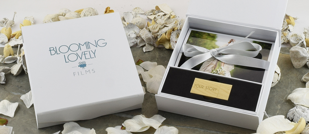 Photography USB White Flip Gift Box